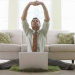 Как заработать денег сидя дома? Идеи онлайн и оффлайн заработка
